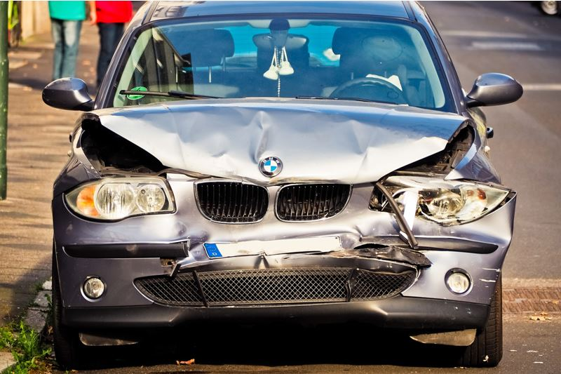 6 Tips on When to Hire A Car Accident Lawyer
