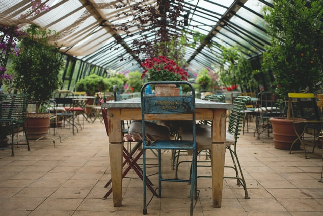 3 Major Risks of Leaving Your Garden Table Uncovered